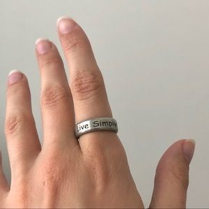 """""""Live Simply"""" silver ring"""